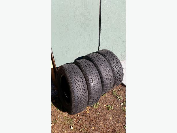 Hercules Avalanche Winter Tires - P205 70/R14