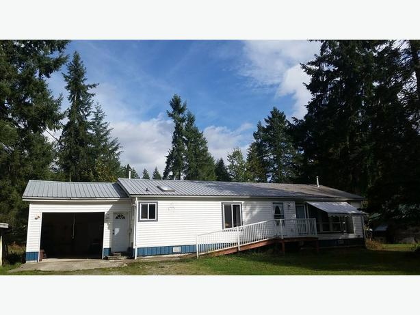 3 bedroom house for rent Beaver Cr Rd, Port Alberni