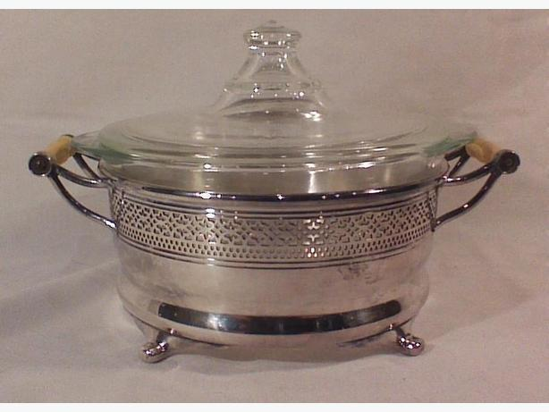 Silverplated glass 1 quart serving dish