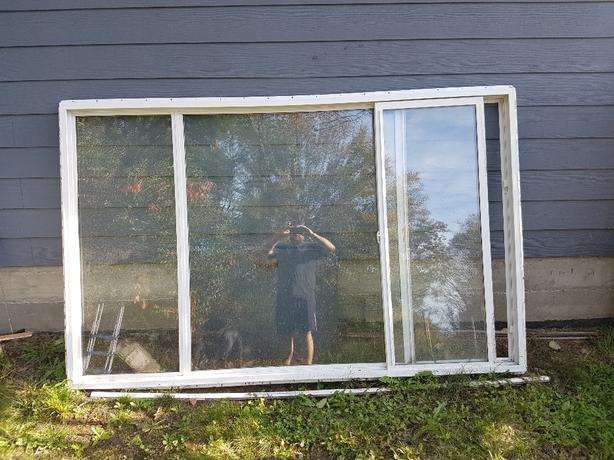 5x8 vinyl window with slider and screen