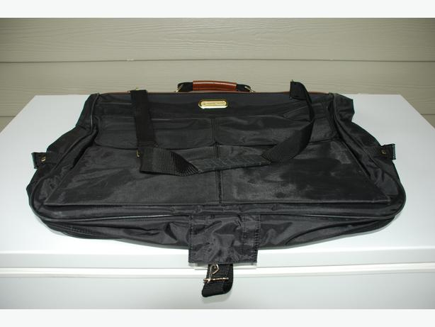 Luggage - American Tourister Bags (set of 3)