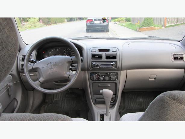 1998 Toyota Corolla Sedan CE