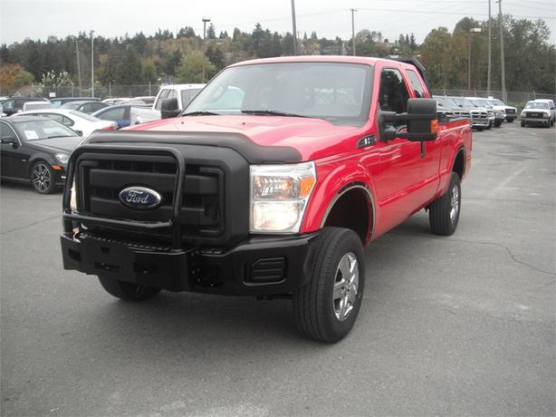 2011 Ford F-250 SD SuperCab 4WD Diesel with Airbag suspension