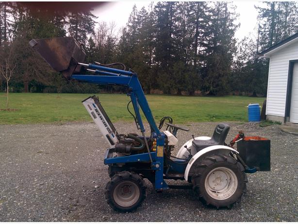 Compact tractor /SOLD