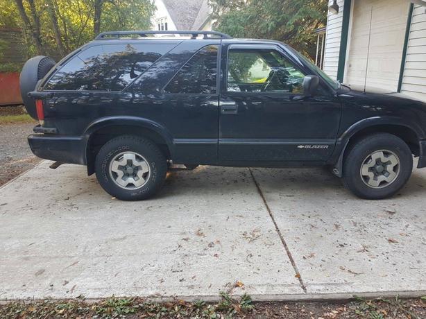 2005 Chevy Blazer 4500 OBO