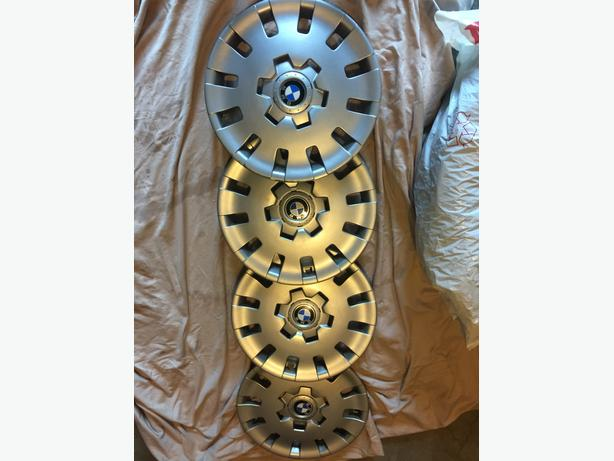 BMW hub caps