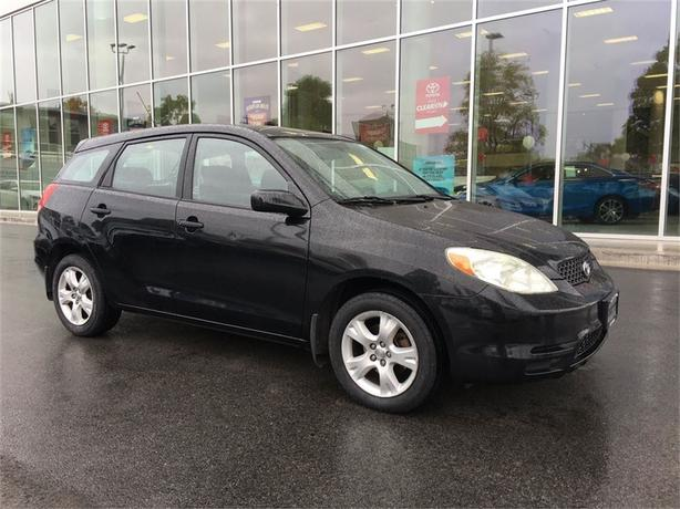 2003 Toyota Matrix ONE OWNER LOCAL VICTORIA