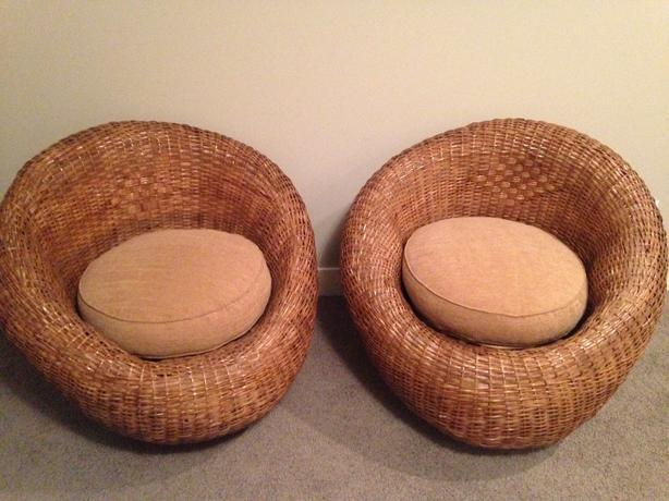 2 rattan/wicker chairs