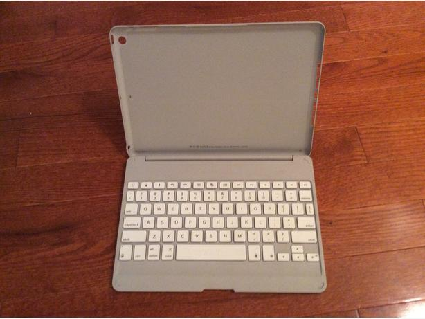 IPAD AIR - CASE with KEYBOARD
