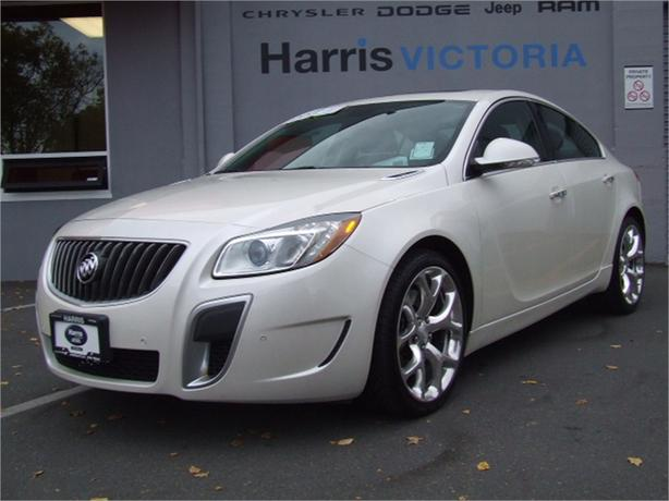 2012 Buick Regal GS Low Low Mileage! 33,000 km