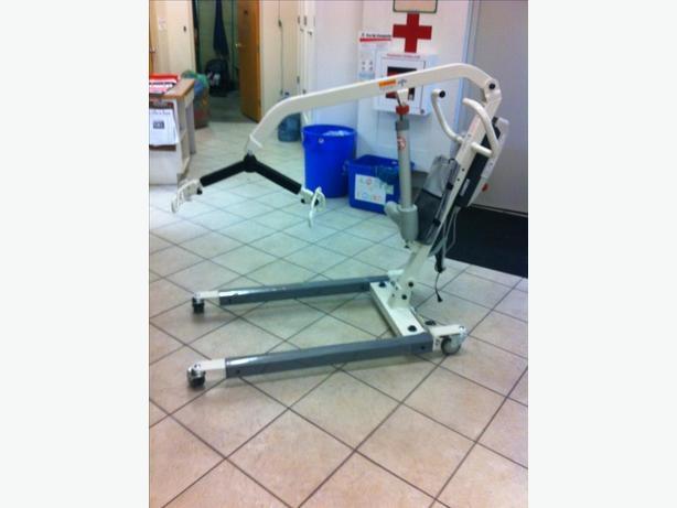 Medline Fully Electric Patient Lift Model # MDS600EL