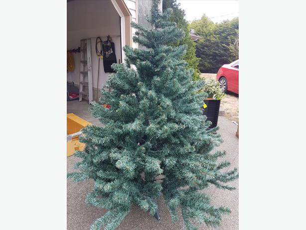 $25 · Christmas Tree