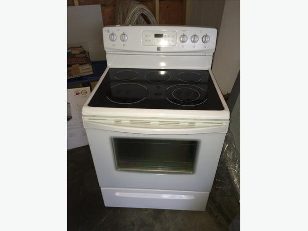 "Kenmore 30"" Glass Top Electric Range"