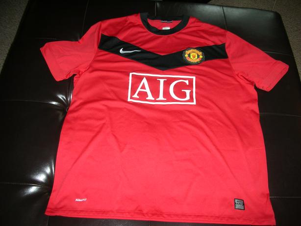 MANCHESTER UNITED RED JERSEY #0006