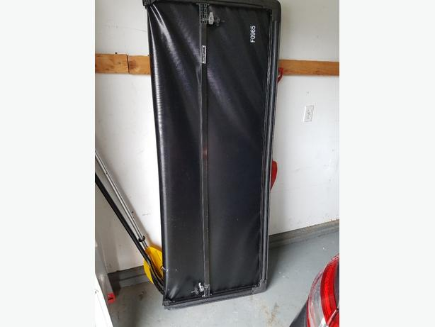 6.5 foot trifold soft tonneau