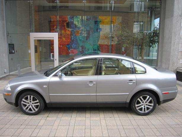 2003 Volkswagen Passat GLS 1.8T - FULLY LOADED!