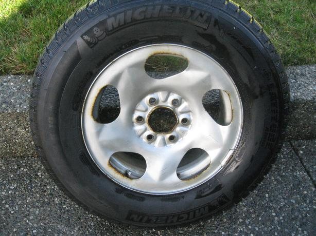 4 MICHELIN LATITUDE ALPIN 107T SNOW TIRES ON RIMS $650 obo
