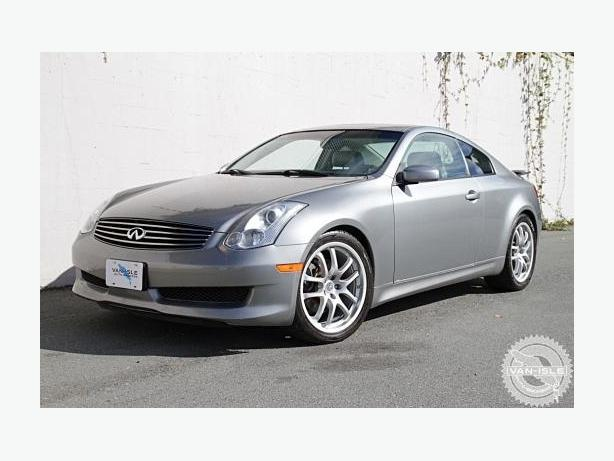 2006 Infiniti G35 coupe with pop up Navigation