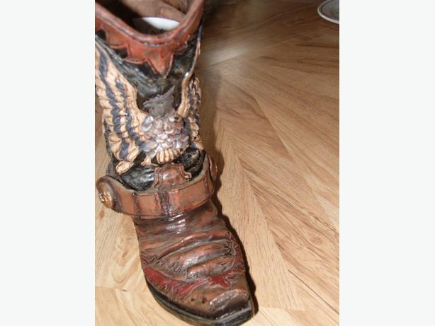 cowboy  boot vase hawk  design