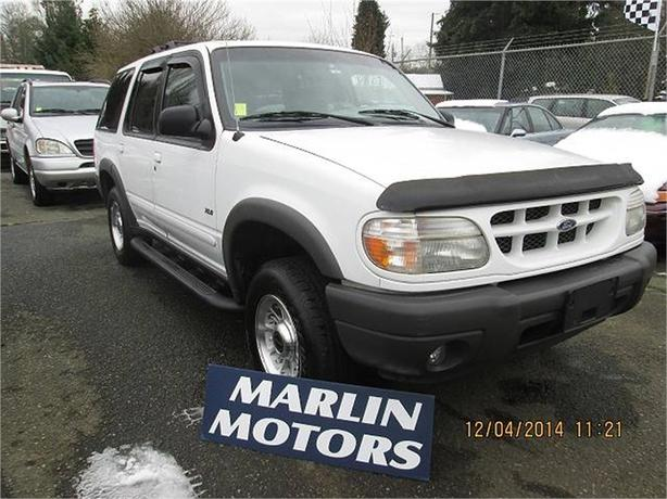 2000 Ford Explorer XLS 4WD