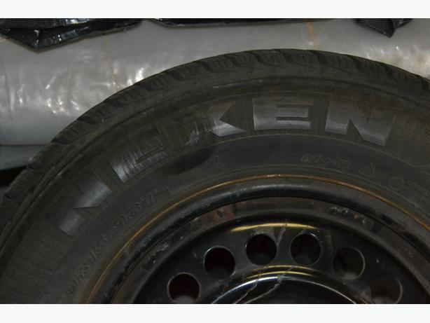 4 Neken tires