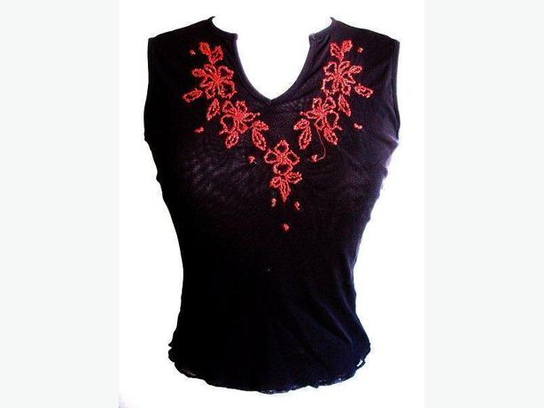 Black Red Flower Embroidery Tank Top / Sleeveless / Cami