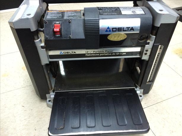 "DELTA 12 1/2"" Portable Planer 22-560c"