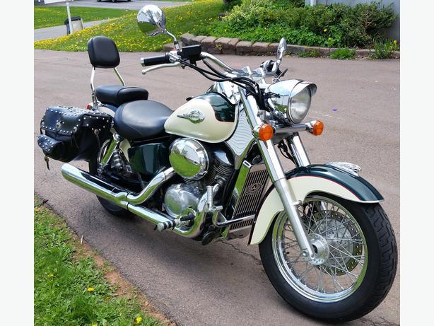 1999 Honda Shadow A.C.E. Deluxe 750 - $2500 obo
