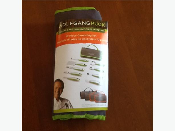 Wolfgang Puck 10 Piece Garnishing Set