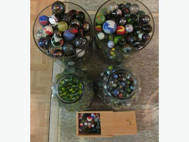 MARBLES – THOUSANDS OF MARBLES