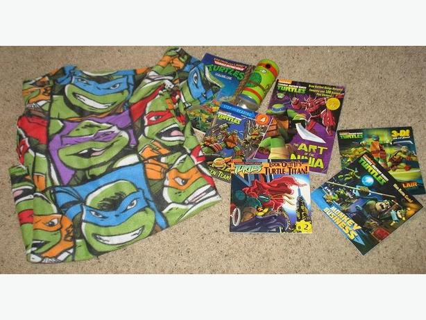 Teenage Mutant Ninja Turtles - Blanket, books,