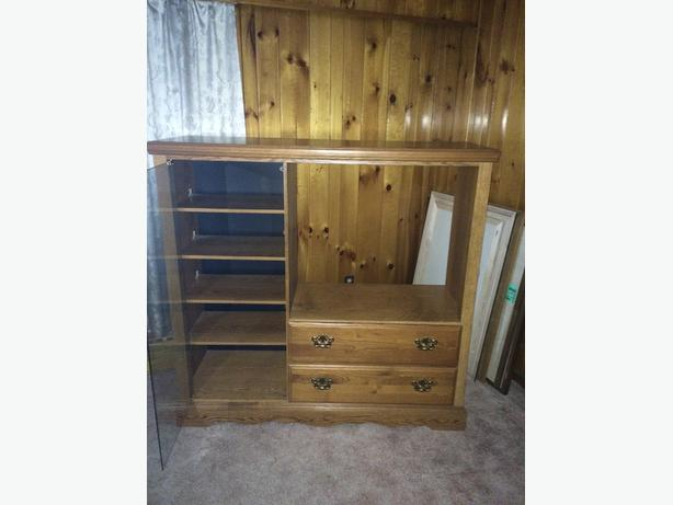ENTERTAINMENT CENTER REDUCED $49 OBO