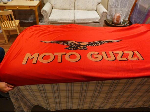 Original Moto Guzzi cover for the California