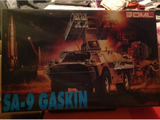 DML Dragon SA-9 Gaskin BDRM-2 Air Defence System 1/35 scale model kit