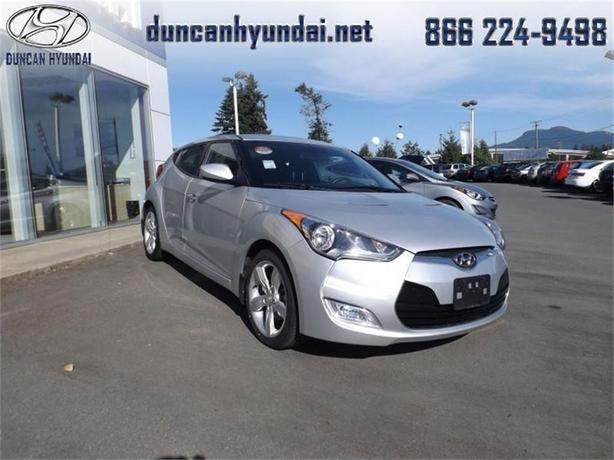 2012 Hyundai Veloster Sweet Interior Layout!