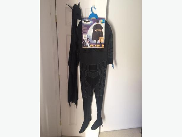 Batman The Dark Knight Halloween Costume / Costume d'Halloween de Batman