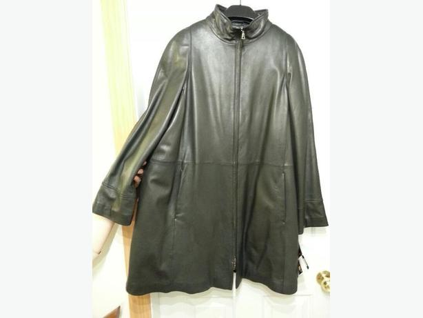 NEW Large Women's Danier genuine leather coat ( $499 original price)
