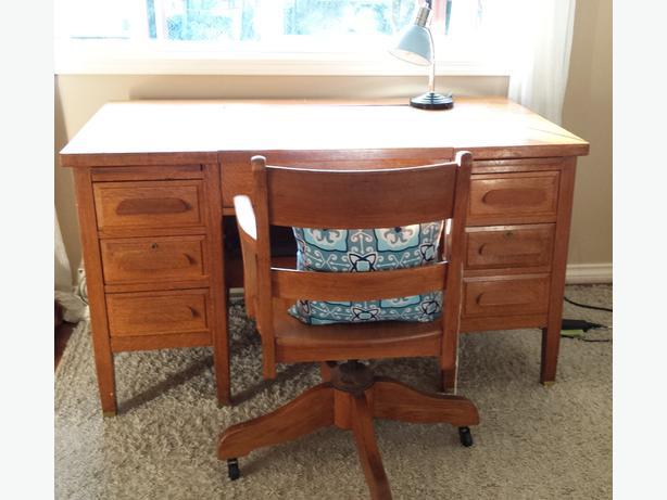 Vintage 1940's solid oak desk