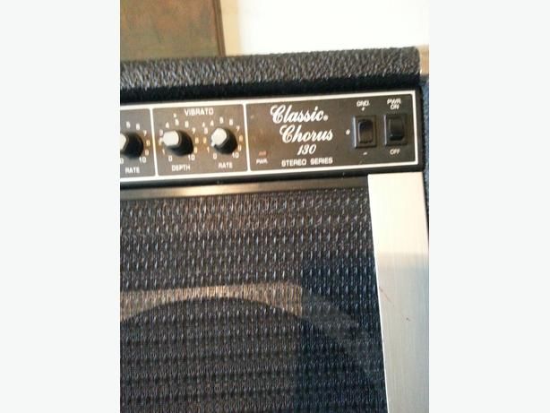 FOR TRADE: Peavey Classic Chorus 130 Amp.
