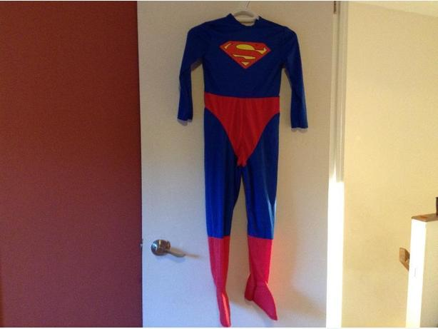Halloween costume-Superman