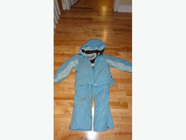 Columbia Titanium Snowsuit in Size 6X