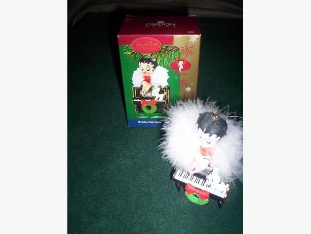 Betty Boop Talking Ornament