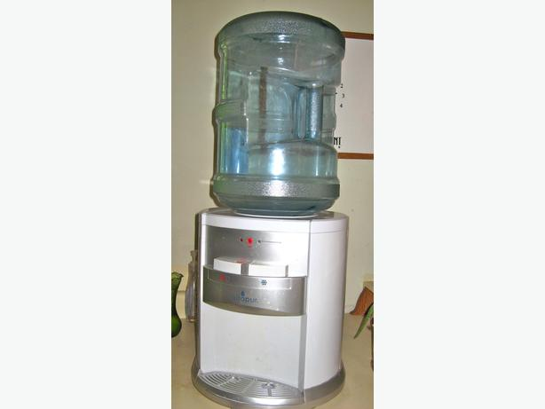 Vitapur Electric Counter Top Water Dispenser