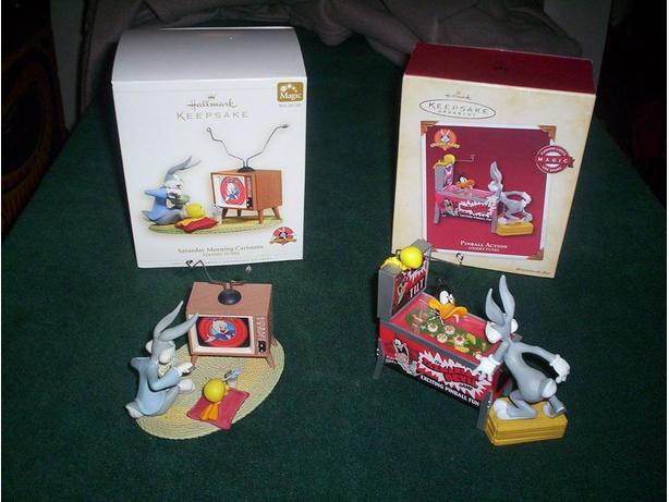 2 Bugs Bunny Ornaments with Sound