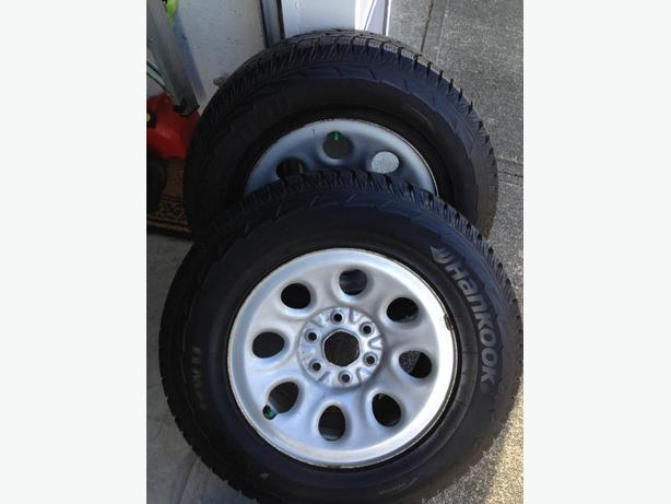 """"""" REDUCED"""" HANCOOK MOUNTED WINTER TIRES"""