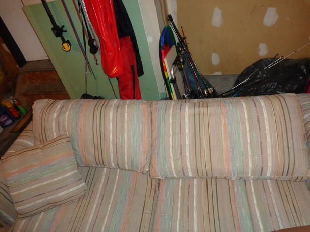 Queen size Hide-a-bed couch