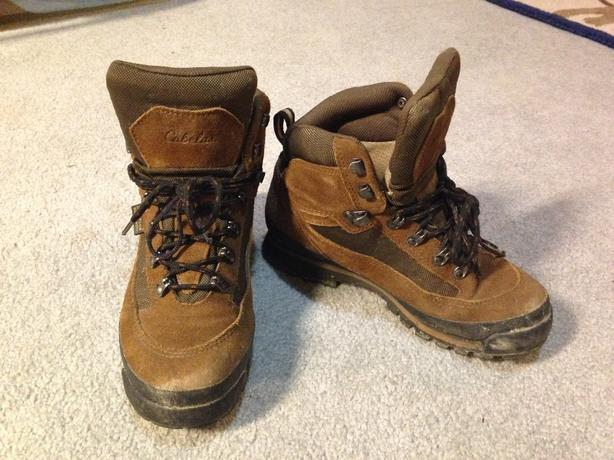 Cabela's boys hiking boots