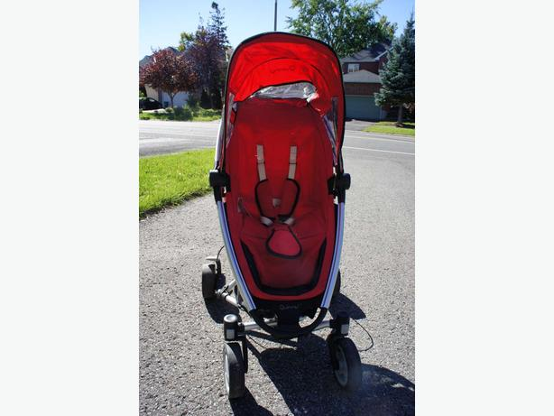 Quinny Zapp stroller with travel bag and rain cover