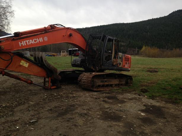 Hitachi ZX200 LC-3 Excavator Parts
