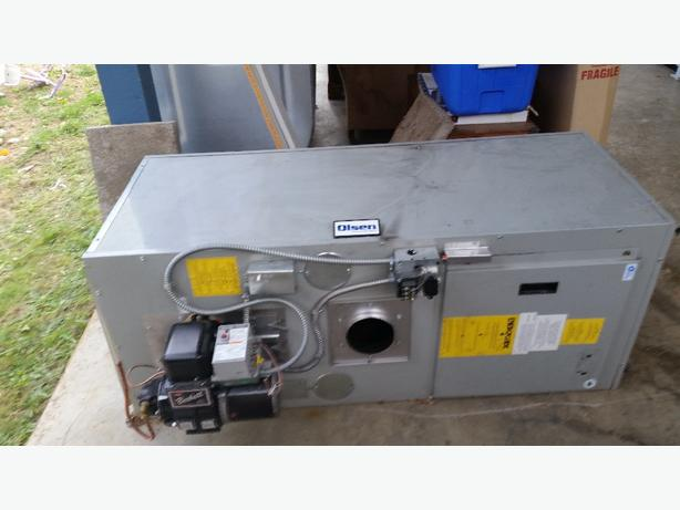 4 year old Horizontal Olsen Oil Furnace $500 OBO